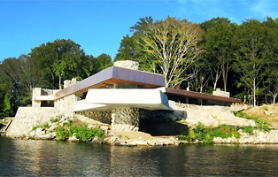 Frank lloyd wright house on lake mahopac Petra island mahopac ny